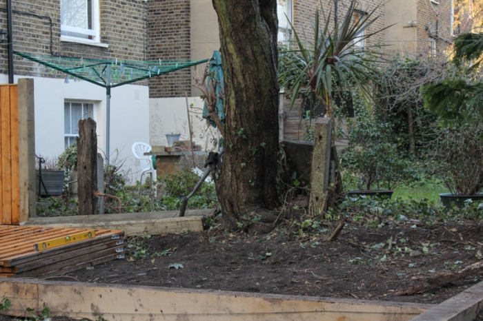 15-2-9 London Garden Makeover, Day 6 LR-10