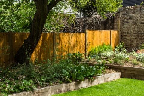 15-6-1 London Garden LR-1794